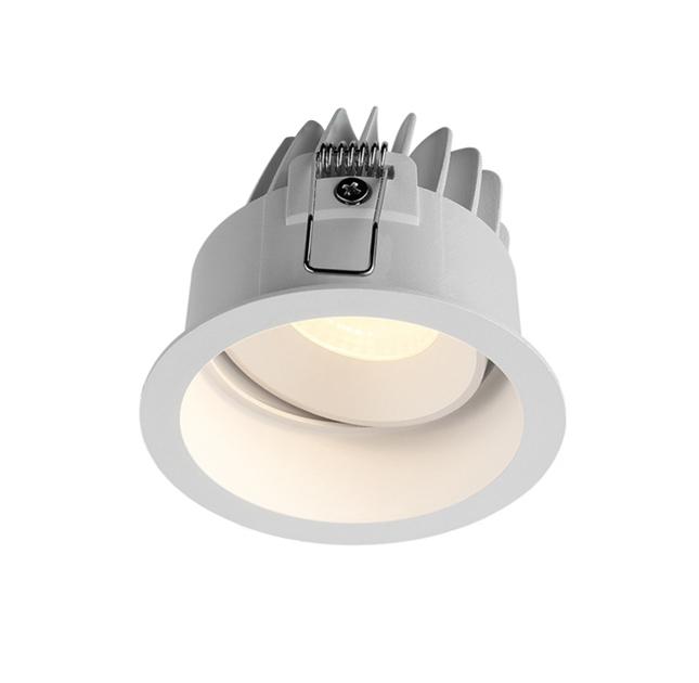 den led downlight am tran cao cap.jpg